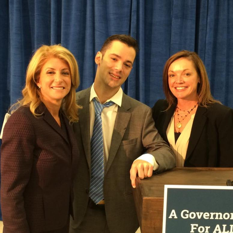 Lamar and two strong Texan women, Wendy Davis on the left and Carol White on the right